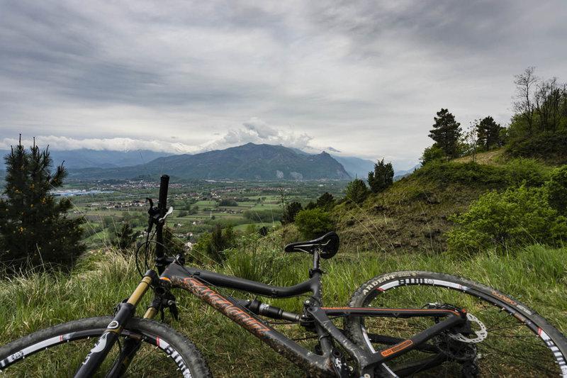 A steady climb along Tagliafuoco has views across val Susa valley