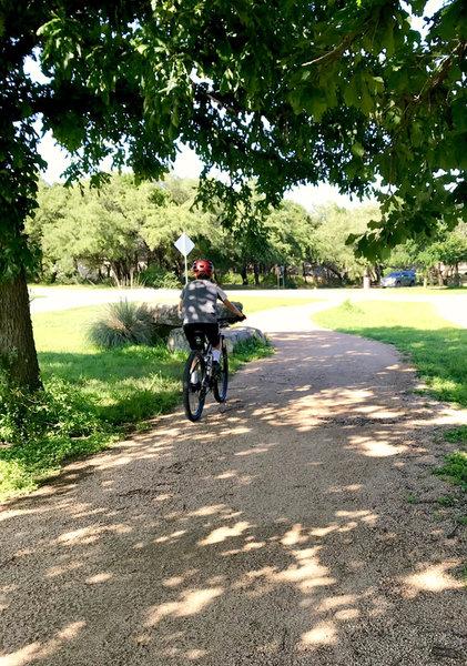 Lakeway Boulevard Hike and Bike Trail