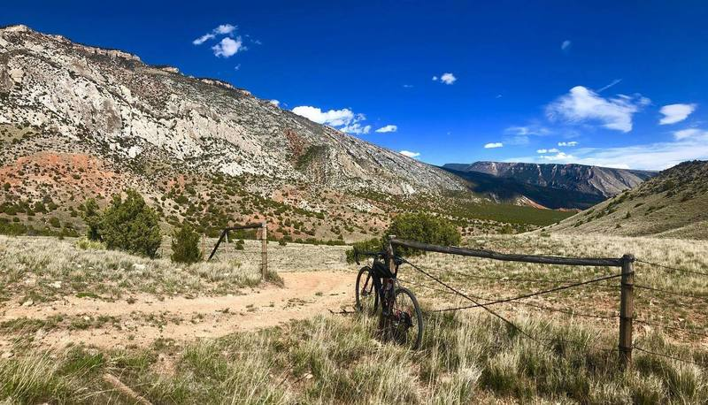 Bad Medicine 20 route takes you to the base of the Bighorn Mountains.