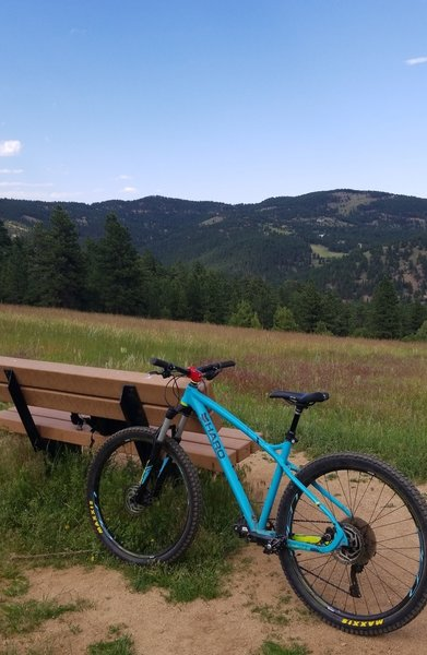One on the many stopping points along the trails to hydrate and catch some views.