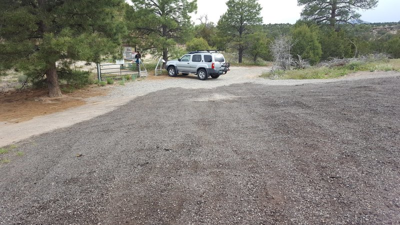 Trailhead parking for Potrillo Canyon.
