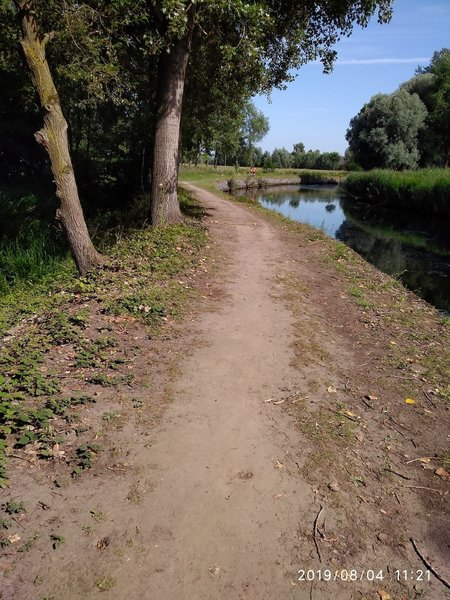 """Trail along the """"Durme"""" River."""