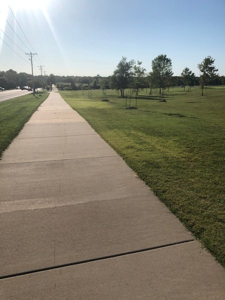 Traveling West on Meadowlark Path near Country Club