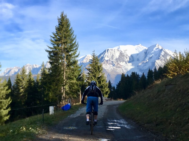 Heading back towards Bettex, with Mt Blanc on the horizon