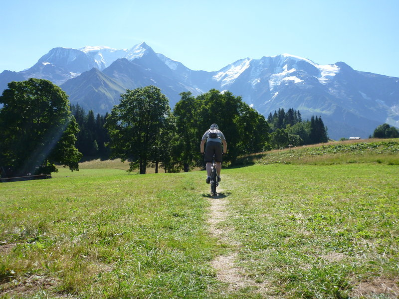 Coming into Plan de la Croix, with Mt Blanc and Dome de Miage in view