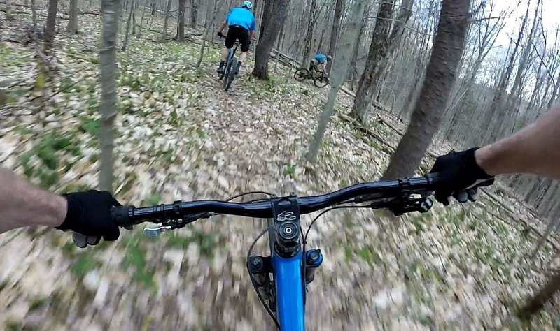 Beginning the descent on Green 2 in Shindagin Hollow.