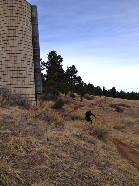 You can't miss this old grain silo that marks the halfway point along the Picture Rock trail.  From here down to Lyons is smooth and flowy singletrack.