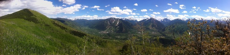 Panorama view of Red Mountain on the left (Sunnyside trail traverses through the upper aspen groves), and Aspen in the middle.