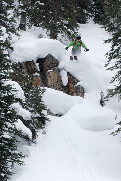 Caitlin Shay finding a cliff in a very snowy Jan 2011 in the Beavers.