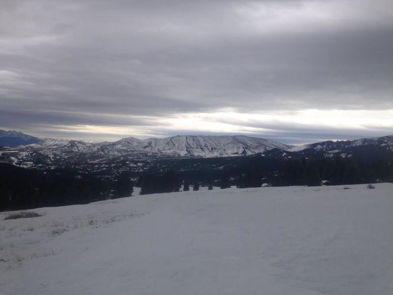 Looking south at some potential burn area skiing.