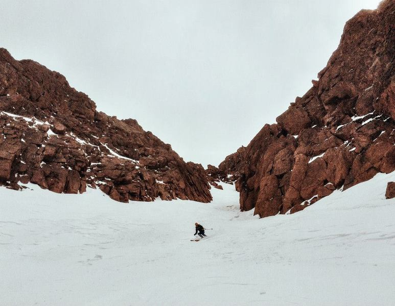 Looking up the Y Couloir in April.