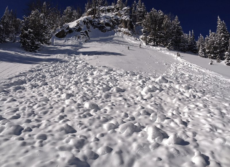 Avalanche in Middle Basin.  Photo by Gallatin National Forest Avalanche Center.
