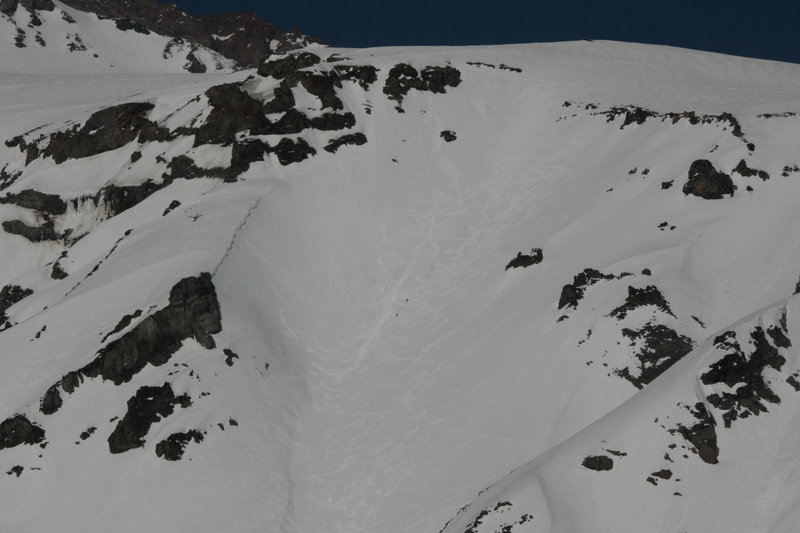 Those two little black dots are skiers for scale