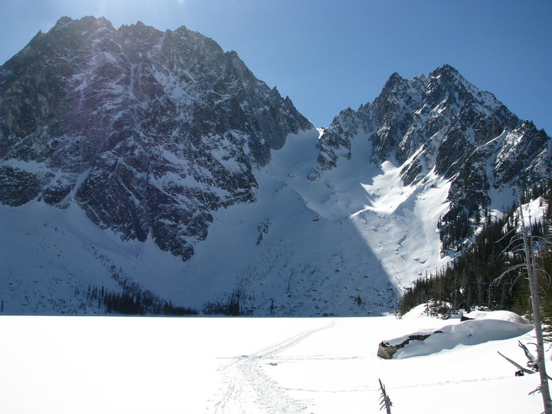 The Colchuck Glacier is the obvious snow slope from the Dragontail-Colchuck col down to Colchuck Lake.