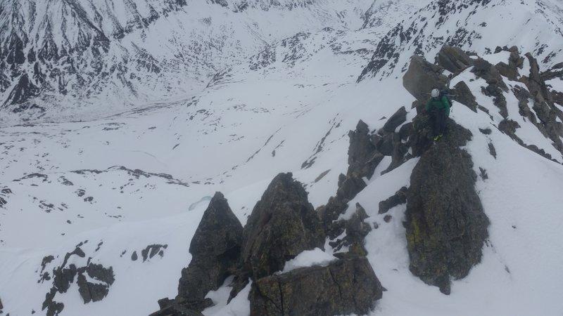 Traversing the ridge to the summit