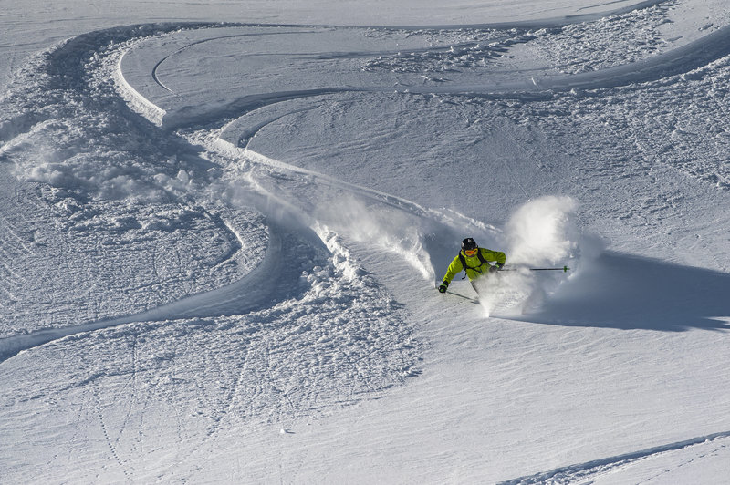 Ski the deep stuff on Great Expectations.