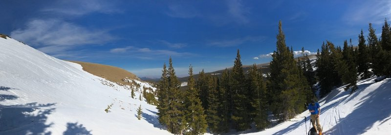 This is the view just below the drop-in for the South Saint Vrain Creek ski line. The south-facing bowl is worth exploring.