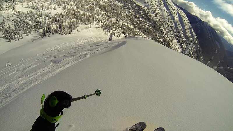 Starting on Northeast Hoover, here I'm about to hop the small cornice.