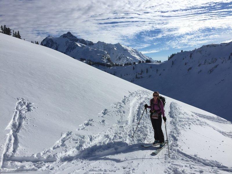 Shuksan views on the way up to Herman Saddle.