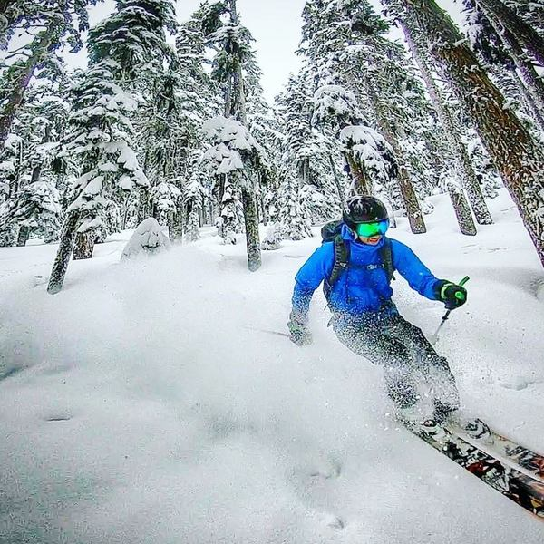 Vik Sahney carving the powder in the Kendall Trees. ~18-24 inches of fresh on April 17th, 2018! (Photo Credit - Gavin Woody)