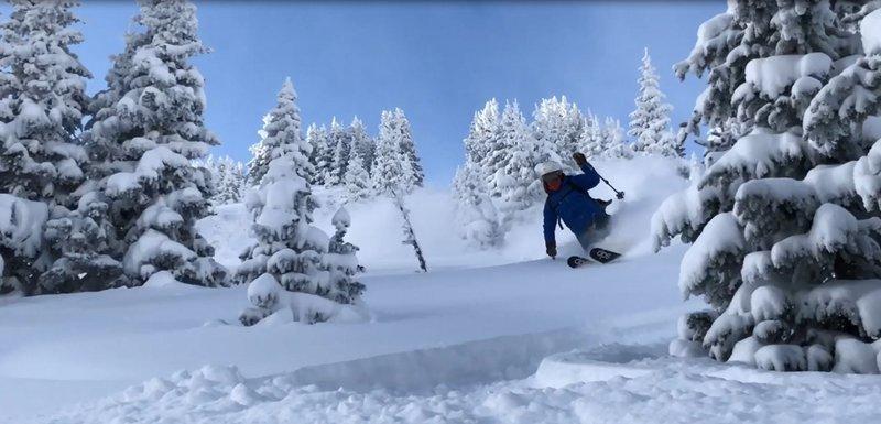 Kevin Gillest skiing The Shoulder - Line A, Dec 9 2018