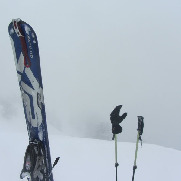 At the top of Rectangle Peak in white-out conditions, getting ready to ski down in the worst possible style.