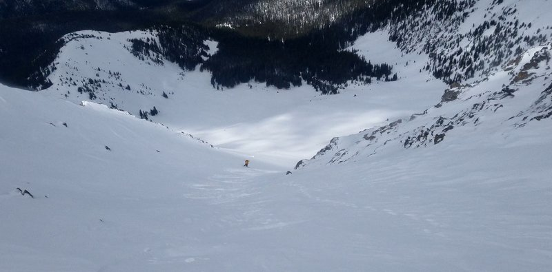 Carl Pluim skiing near the bottom of Bear Claw 3 on Parry May 11th 2019