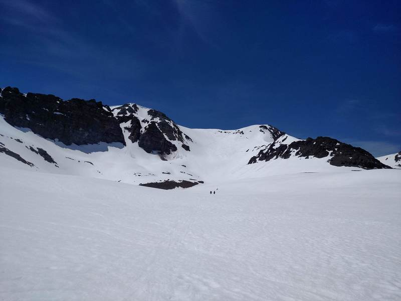 Base of Leavitt Peak showing the main bowl and Y-Couloir on the left.