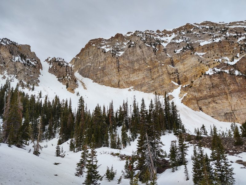 The twin couloirs of Desert Peak. The west twin, as you can see, had a rock slide in it. So I skied the east twin.